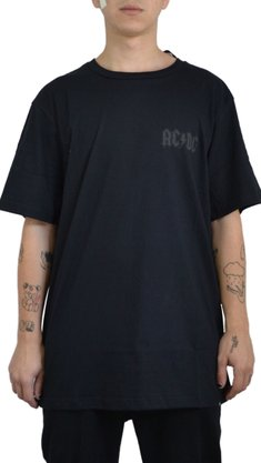 Camiseta DC Shoes Back in Black Preto