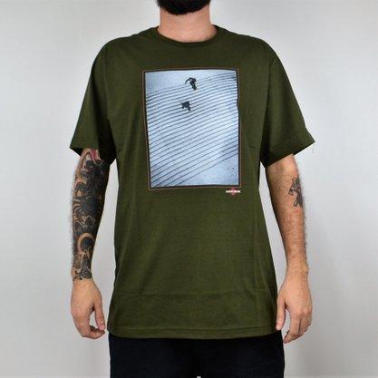 Camiseta Masculina Independent Burnett Jaws Verde Militar